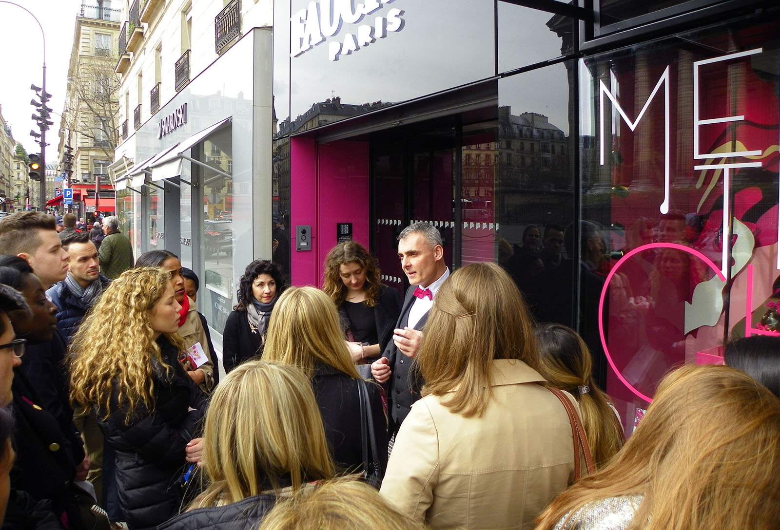 Students tour the legendary Fauchon in Paris