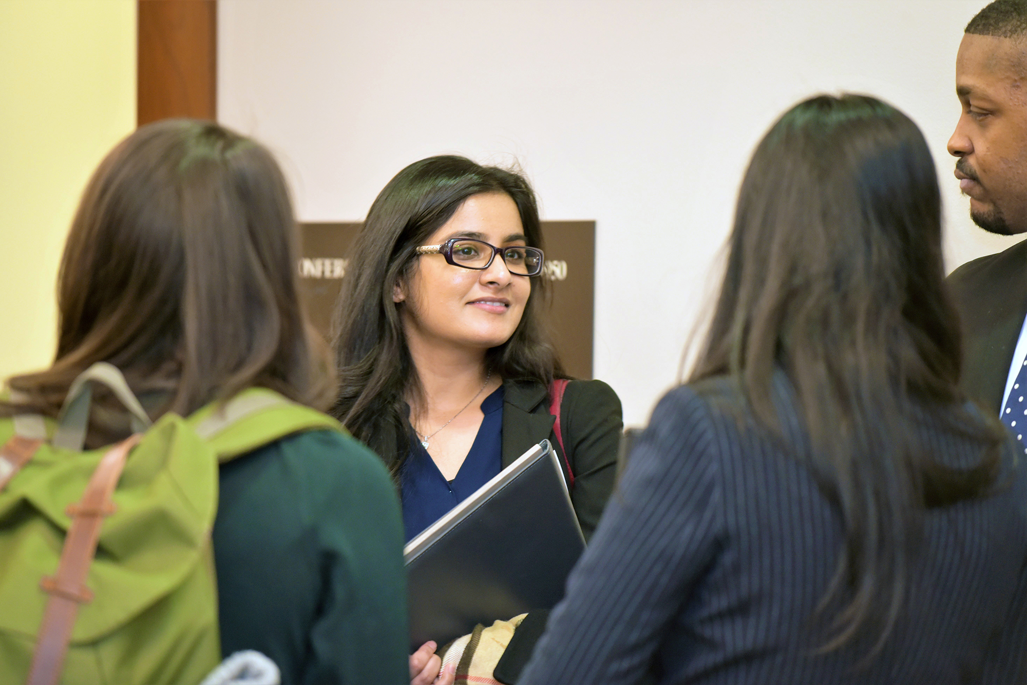 Student at Kellstadt Career Management Center networking event